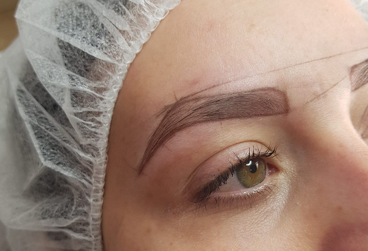 preparation-microblading-dessin-sourcils