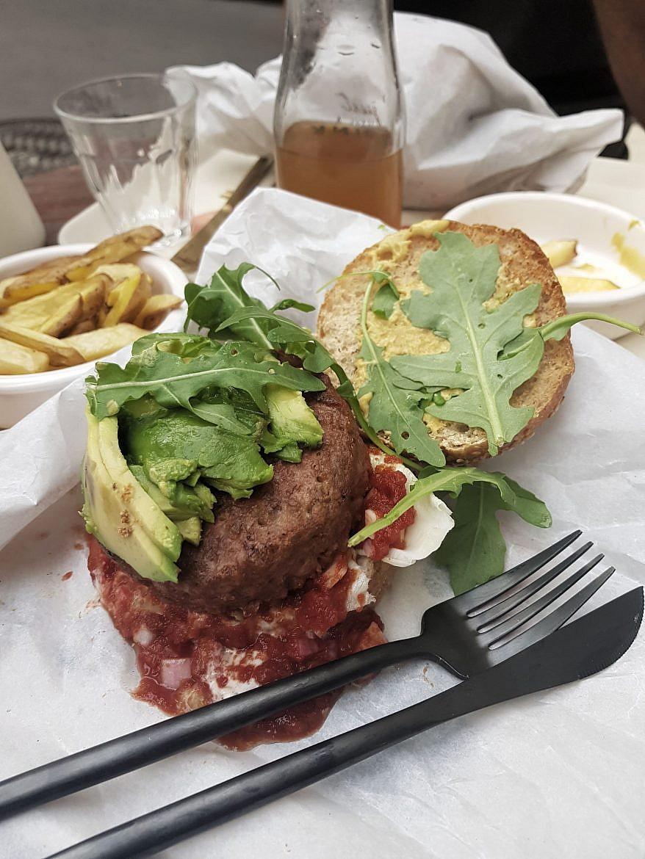 burger-mexicain-vegan-montpellier-peacefood-cafe