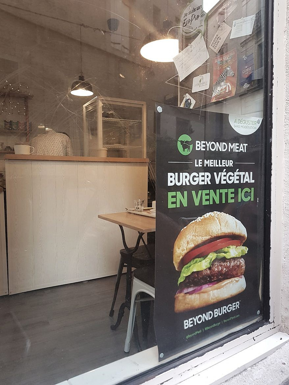 steak-beyond-meat-peacefood-cafe